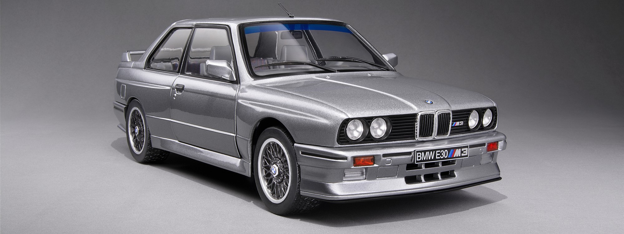 Slide - BMW E30 M3 Grey