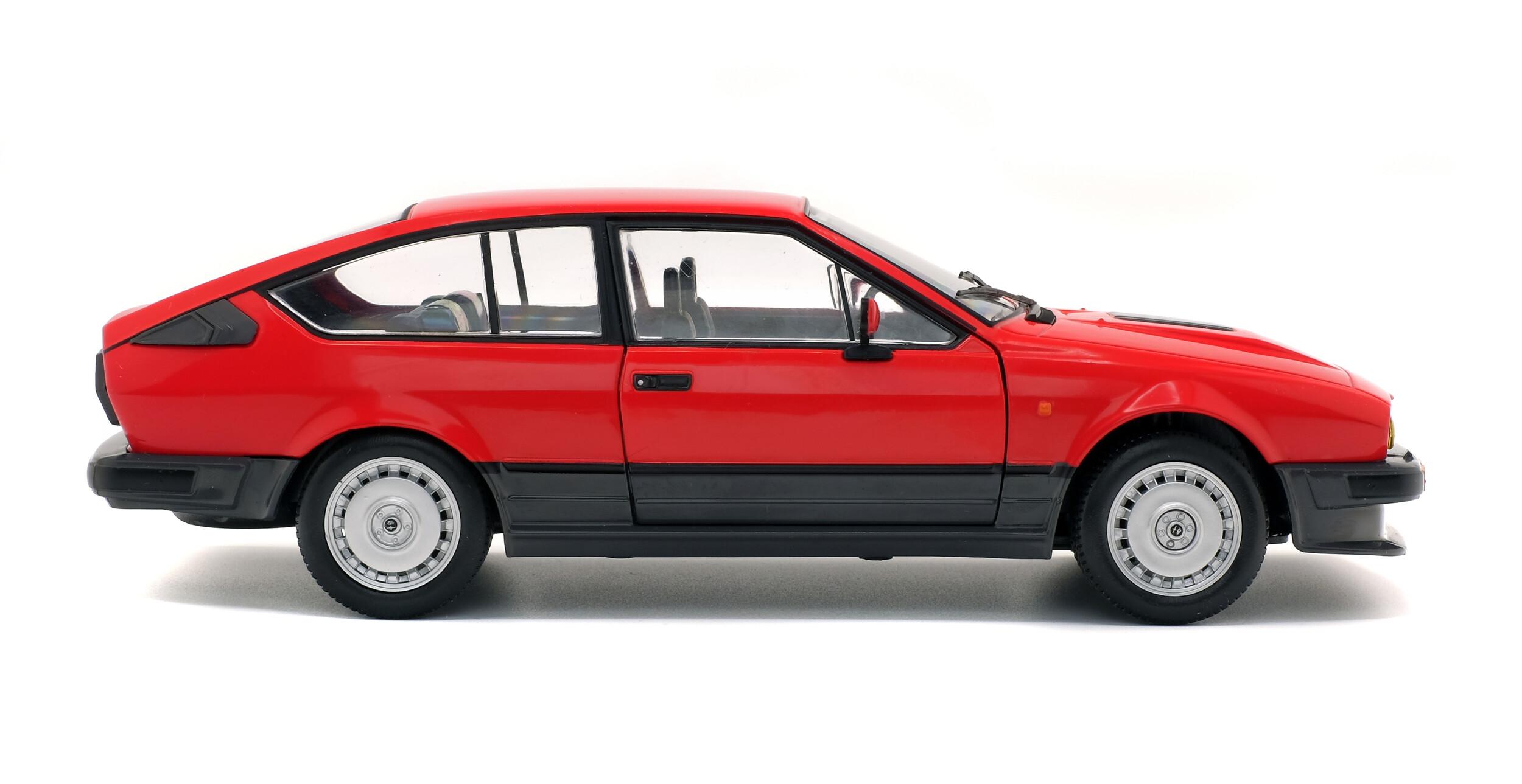 1:18 Solido Alfa Romeo GTV 6  1984 red