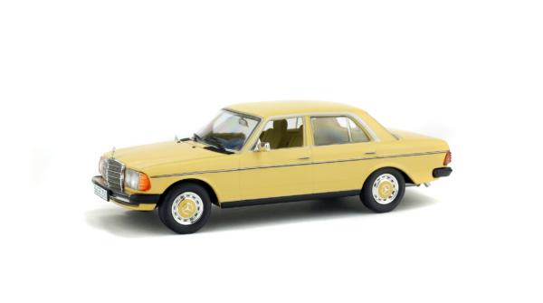 MERCEDES-BENZ - 200D - 1976