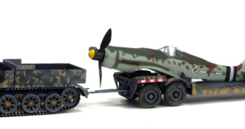 FAMO - SD.KFZ. 9 AVEC REMORQUE AH116 ET FUSELAGE DE MESSERSCHMITT BF109 - GERMANY 1945