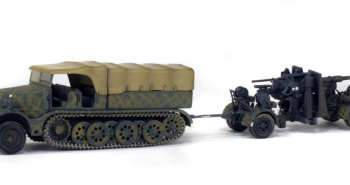 FAMO - SD.KFZ. 9 AVEC FLAK 36/37 88MM - GERMANY - 1945